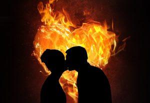 Il crée une atmosphère chaleureuse pour deux personnes